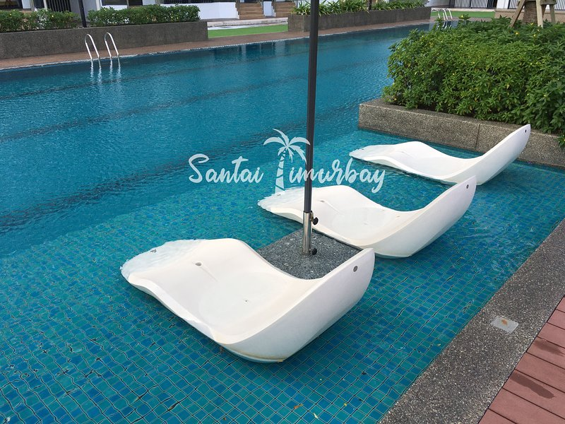 Santai Suites Timurbay, vacation rental in Balok