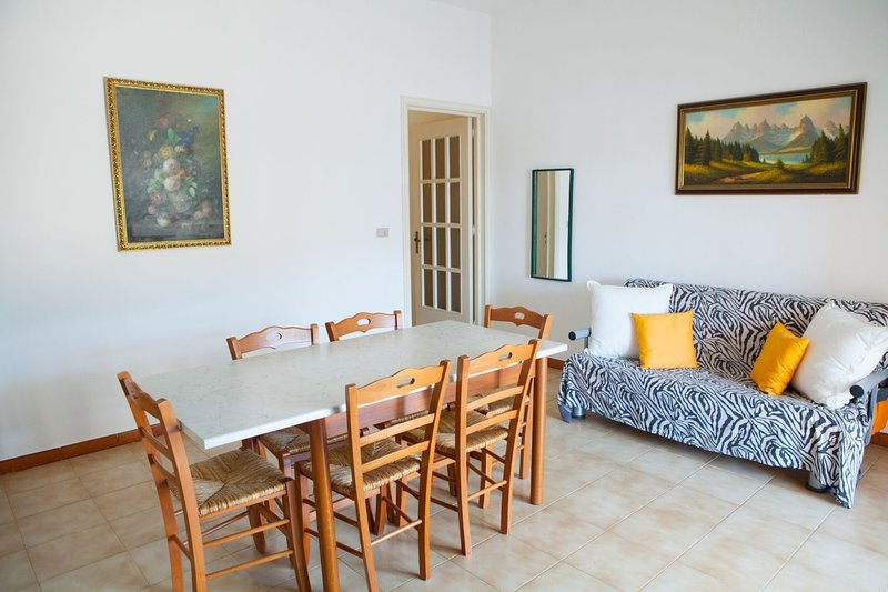 Casa Mango SX   TL66A, vacation rental in Torre Lapillo