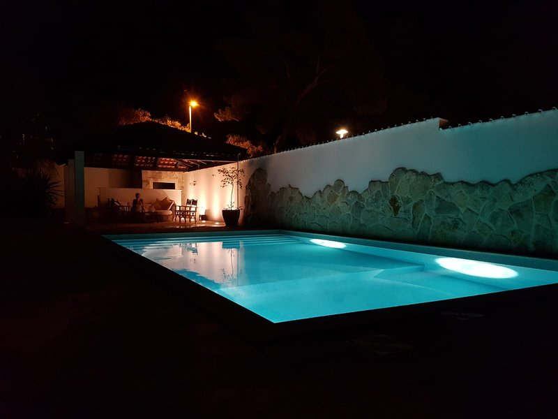 Beautiful villa with breathtaking views, holiday rental in Splitska