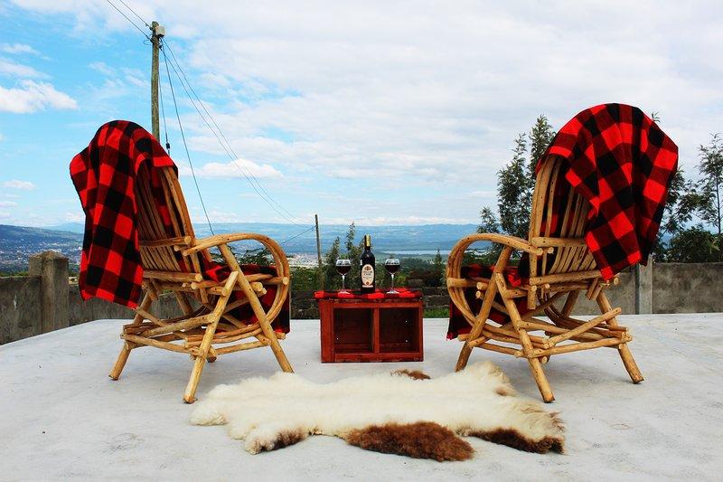 Eco bandas with picturesque views of Lake Nakuru, alquiler de vacaciones en Lake Elementaita