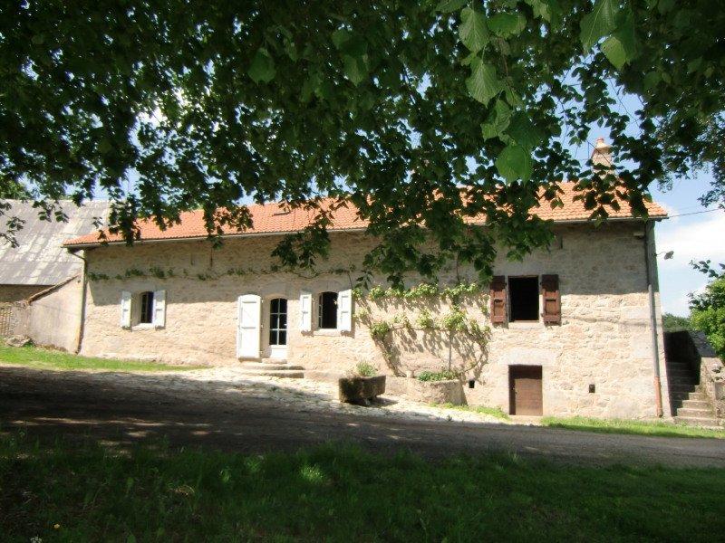Location à la ferme avec Pêche - Randonnées SP - wifi, vacation rental in Lauresses