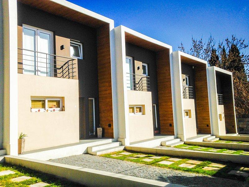 ANANDA Departamentos de categoría en circuito turístico de Tandil, alquiler de vacaciones en Tandil