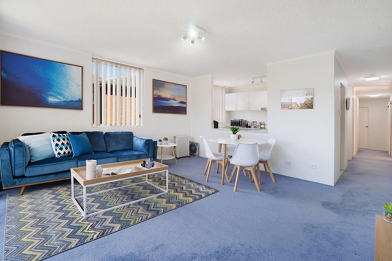 Bushwalk To The Beach From A Tranquil Apartment, alquiler vacacional en Allambie Heights