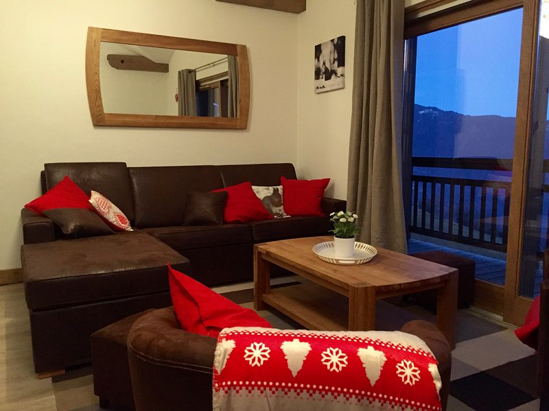 Big apt with mountain view & Wifi, holiday rental in Doucy