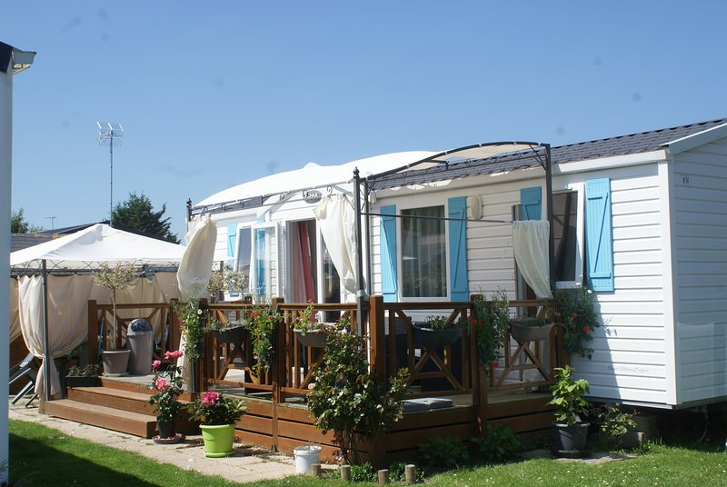 MOBIL-HOME, vacation rental in Saint-Pair-sur-Mer