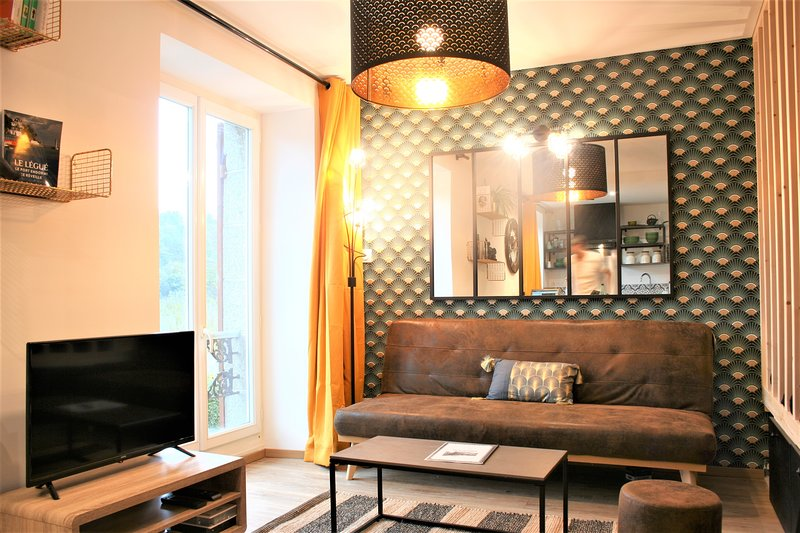 Le Balcon du Gouët ! Superbe appartement pour 4, wifi, TV..., vacation rental in Saint-Brieuc