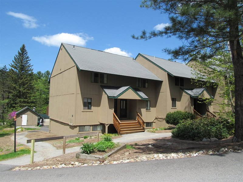 Pet Friendly Waterville Valley Condo for the family!, holiday rental in Waterville Valley