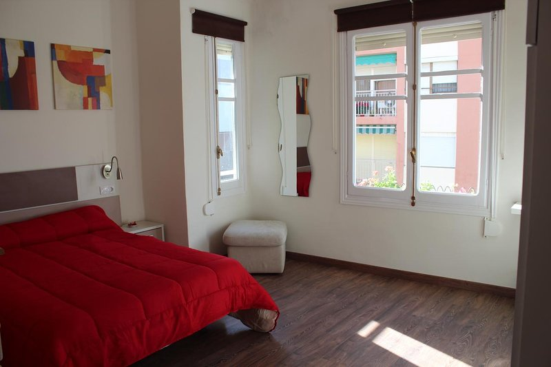 Beautiful apartment near the beach, holiday rental in Montroy