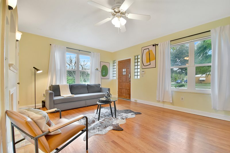 Cozy Miami oasis in the heart of Biscayne Park!, vacation rental in North Miami