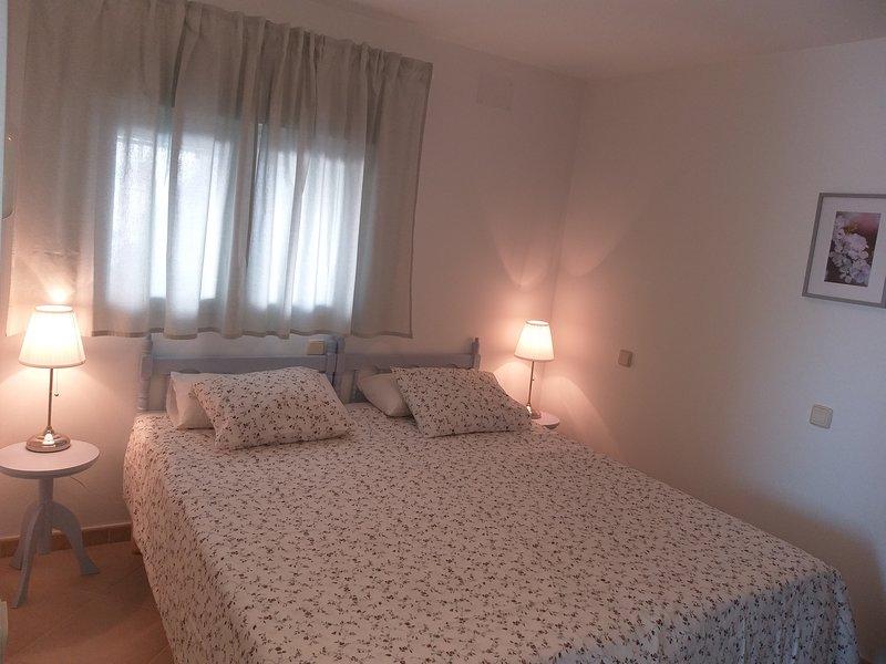 Confortable vivienda de 2 habitaciones en paraje excepcional, holiday rental in Colmenarejo