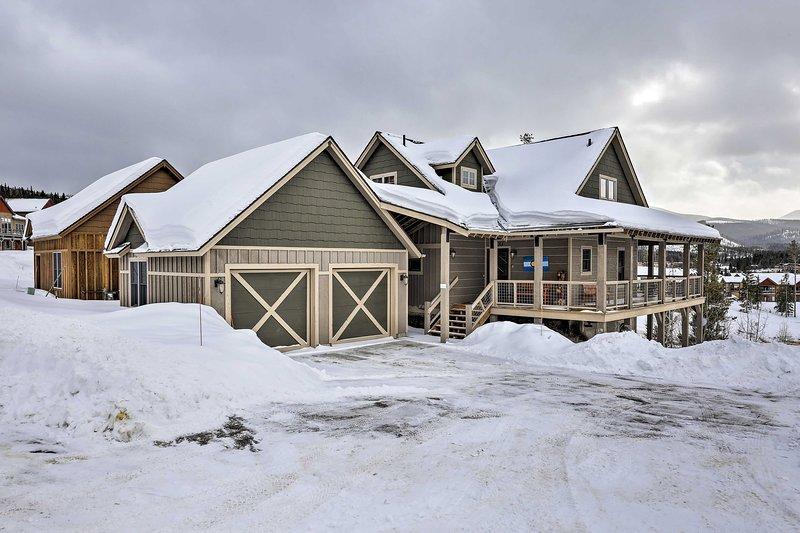 Un affascinante rifugio sulle Montagne Rocciose ti aspetta in questa casa vacanza!