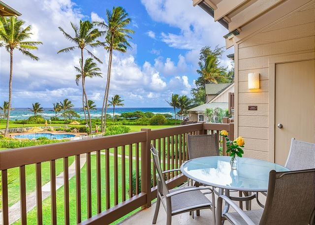 Kaha Lani Resort #206, Ocean View, Steps to the Beach, Free Wifi & Parking!, location de vacances à Lihue