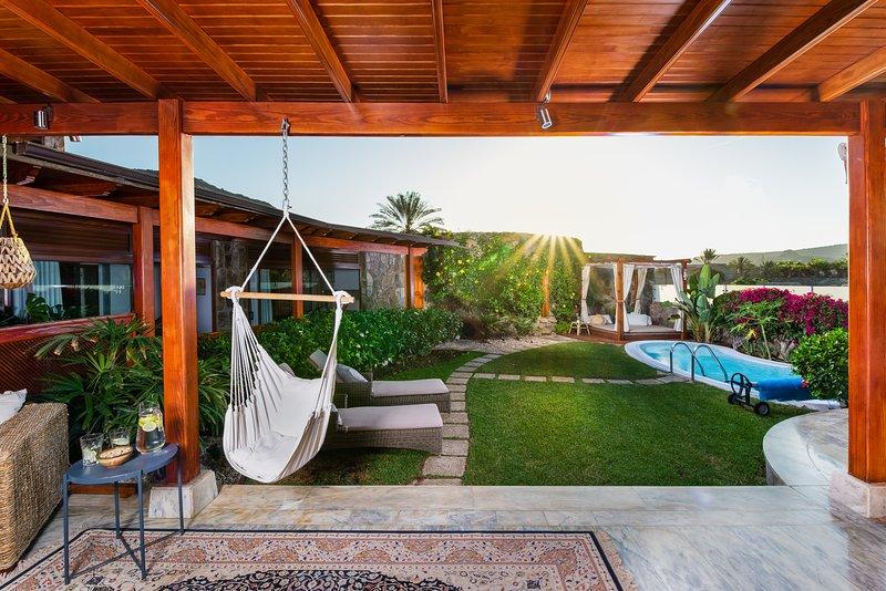 GranTauro Villa, vacation rental in La Playa de Tauro