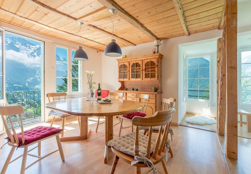 Chalet Hunnenfluh, holiday rental in Lauterbrunnen