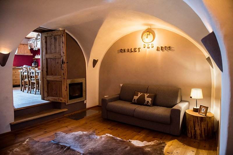 Chalet Des Arts - Charme & Relais with SPA on the Olympic Mountain, location de vacances à Borgata Sestriere