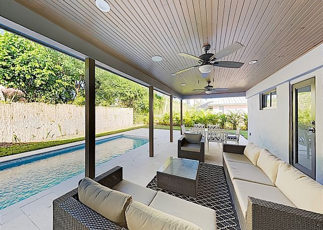 New Listing! Stunning Singer Island Getaway w/ Private Pool - Walk to Beach, vacation rental in Singer Island