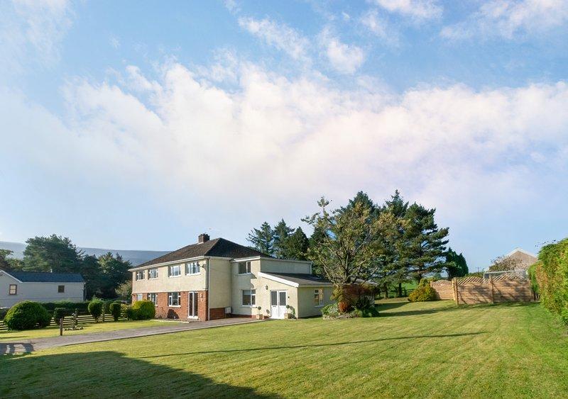 Llety Hendre, vacation rental in Rhondda Cynon Taf