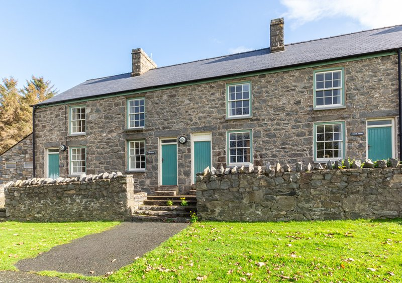 Nant - Gorllwyn, vacation rental in Llanaelhaearn