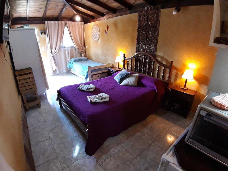 El Unicornio Apartment (studio in a familiar property), casa vacanza a El Bolson