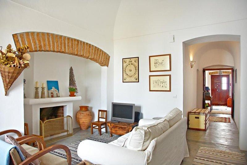 Marsilea White Villa, Reguengos de Monsaraz, Évora, !New!, location de vacances à Reguengos de Monsaraz