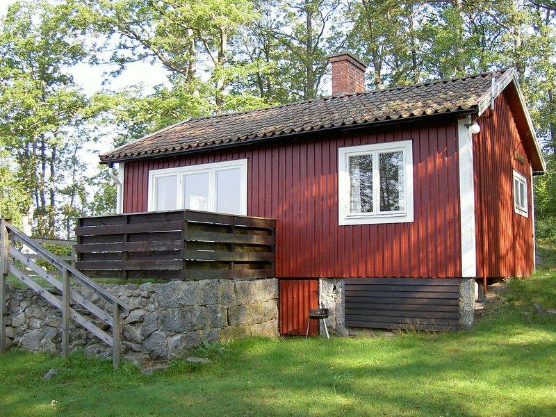 F07/Malmqvist - Stuga vid insjö, holiday rental in Asarum