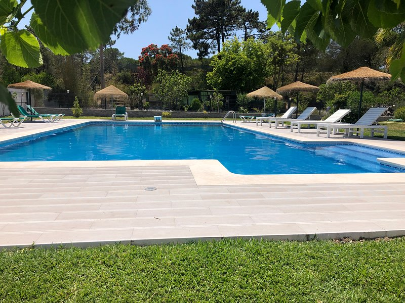Aroeira's paradise - magnific villa with pool, holiday rental in Setubal District
