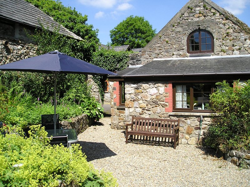Barn Court Cottage, Narberth, aluguéis de temporada em Narberth
