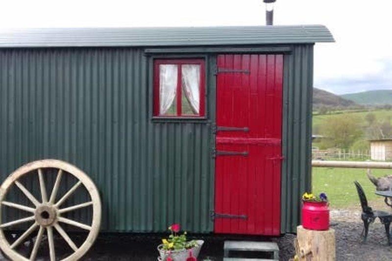 Ruby Shepherds hut, aluguéis de temporada em Abbeycwmhir