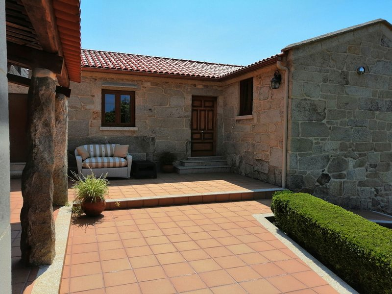 Casa de Freire, holiday rental in Castrelo