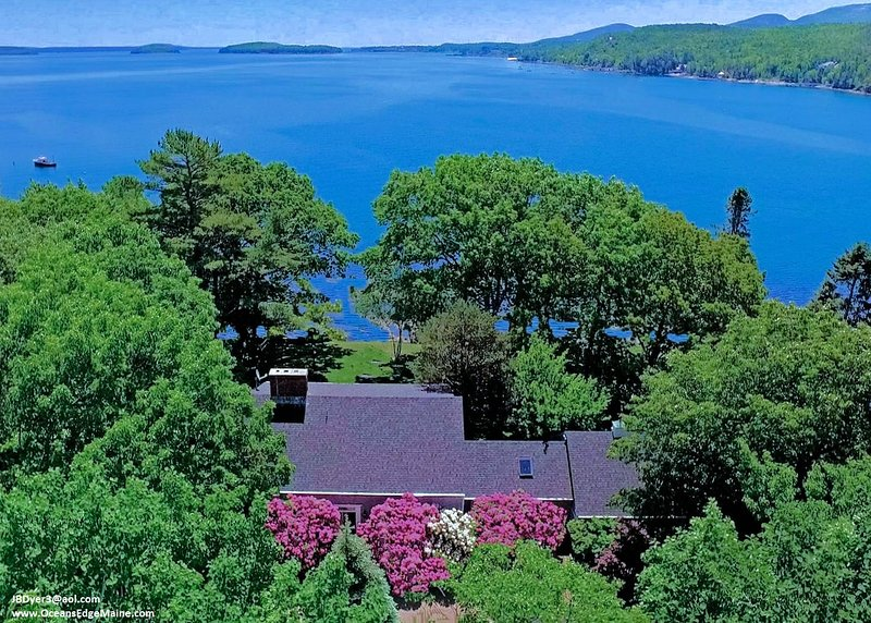 Oceanfront Elegant Welcoming – Panoramic Bucolic Eclectic Historic -- and Joyous, holiday rental in Mount Desert Island