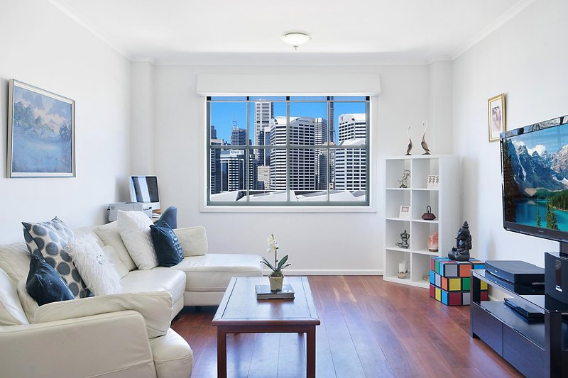 Perfect Pyrmont penthouse pad, holiday rental in Camden