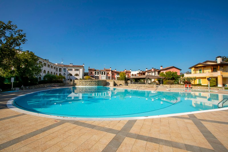 Appartamento Patrizia Manerba Resort, holiday rental in Moniga del Garda