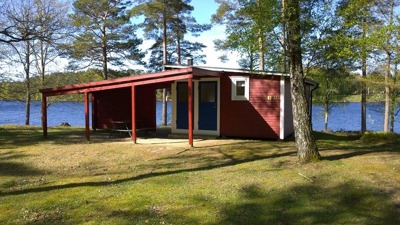 N01/N16 - Stuga vid insjö (14 stugor), location de vacances à Sölvesborg
