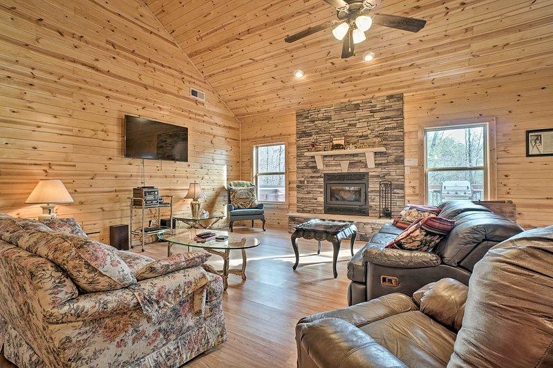 Your North Georgia getaway begins at this vacation rental cabin!