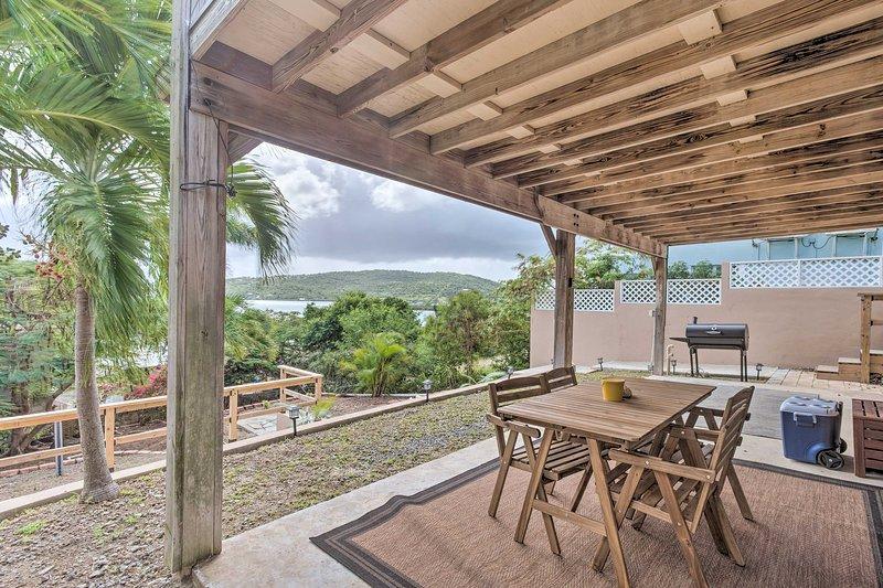 Culebra Bungalow w/ Bay Views & Modern Amenities!, vacation rental in Culebra