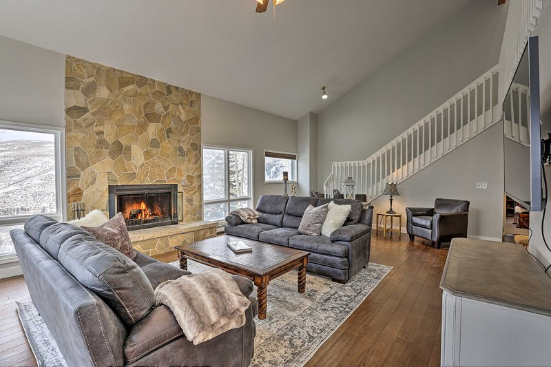 NEW! Upscale Townhome Between Beaver Creek & Vail!, vacation rental in Eagle-Vail