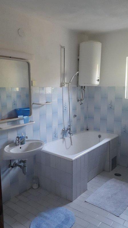 A3 (7): baño con inodoro
