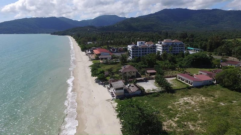 Khanom Beach, Thailand, 1-Bedroom Sea-View Condo, Fully Furnished, holiday rental in Nakhon Si Thammarat Province