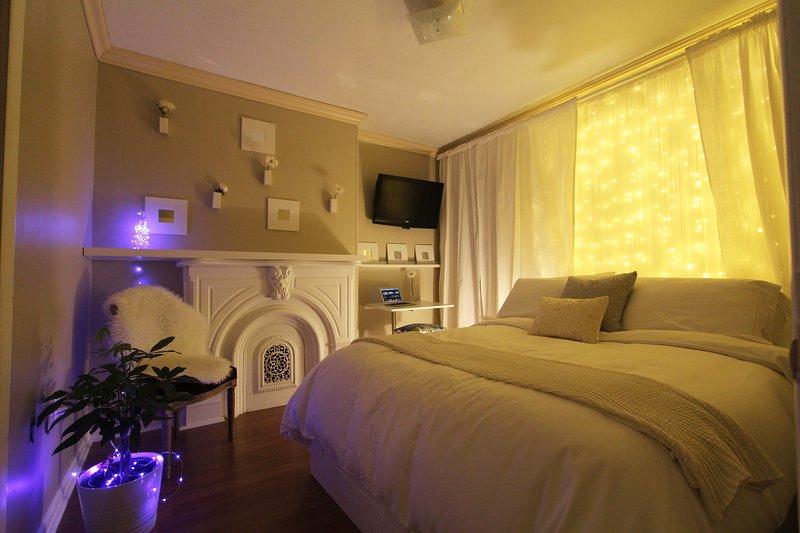 Lovely 2 Bedroom Apartment + Free Parking!, Ferienwohnung in Elizabeth