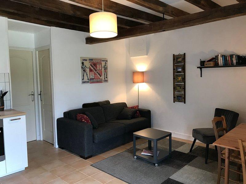 La Rame Gîte 1***, a private apartment in an old farmhouse in the Dordogne, location de vacances à Saint-Jory-de-Chalais