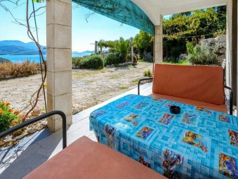 Villa Sunce Doli - One-Bedroom Apartment with Balcony and Sea View, holiday rental in Kobas