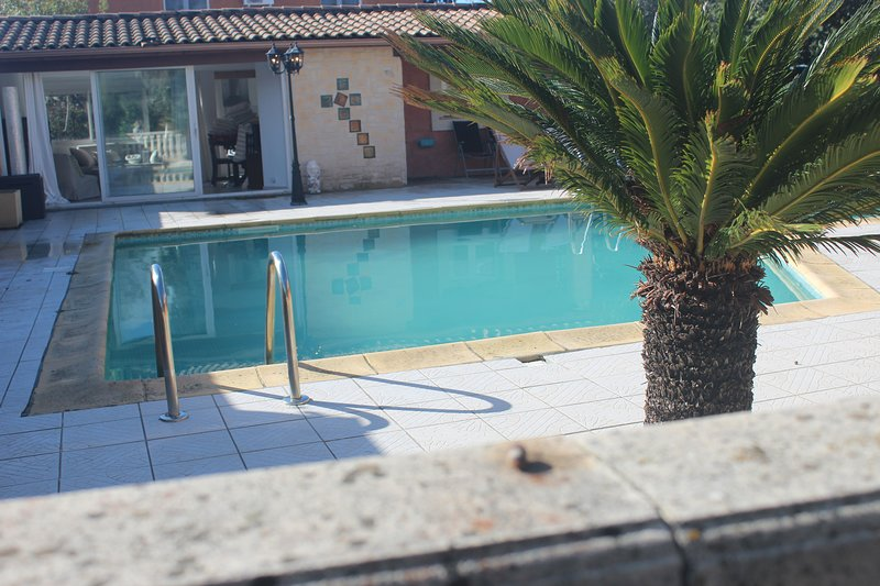 Vichelda - Cottage In The Sun, holiday rental in Gallargues-le-Montueux