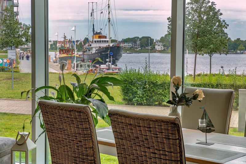 myHarbourfront, holiday rental in Roggentin