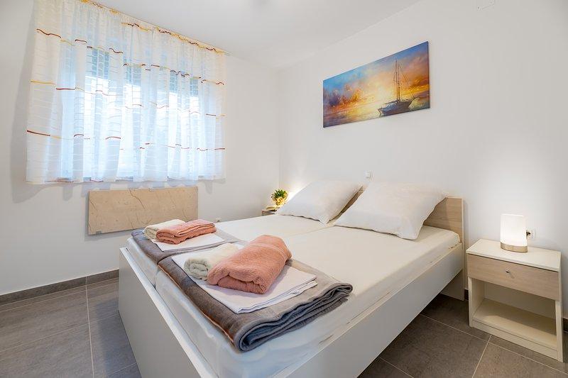 Apartment Lana Baska, holiday rental in Jurandvor