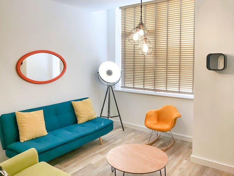 NEW Luxury 1 bed apartment CITY CENTRE with parking, location de vacances à Rowton