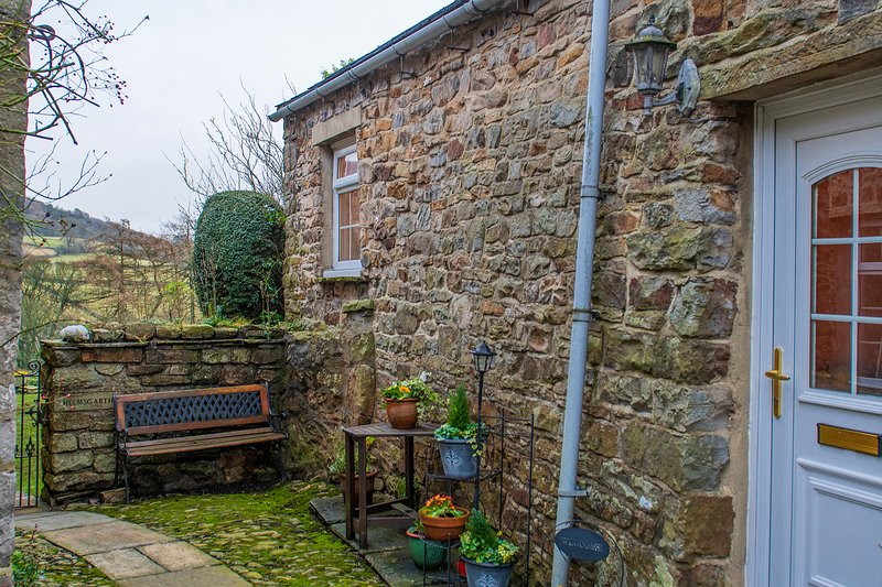 Glenkobla, charming tiny gem of a cottage in Reeth, Yorkshire Dales, vacation rental in Reeth