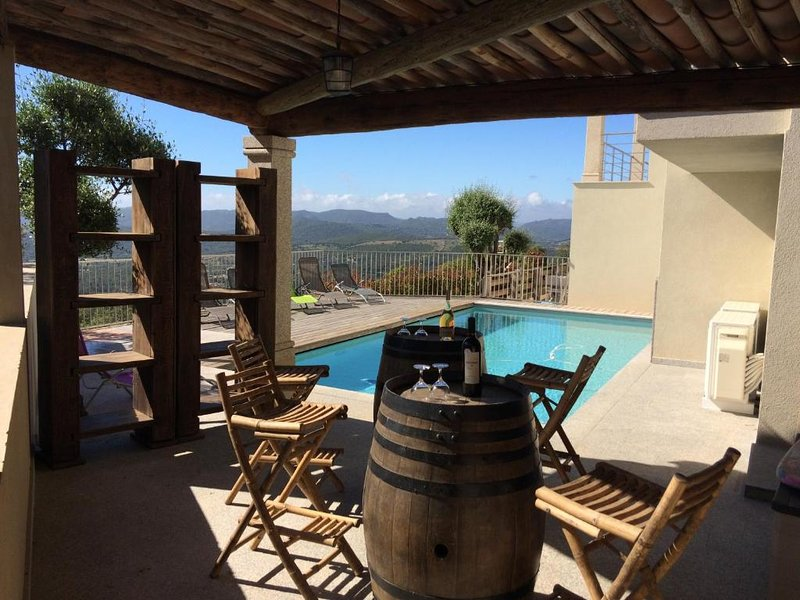 Villa avec piscine, vacation rental in Sotta