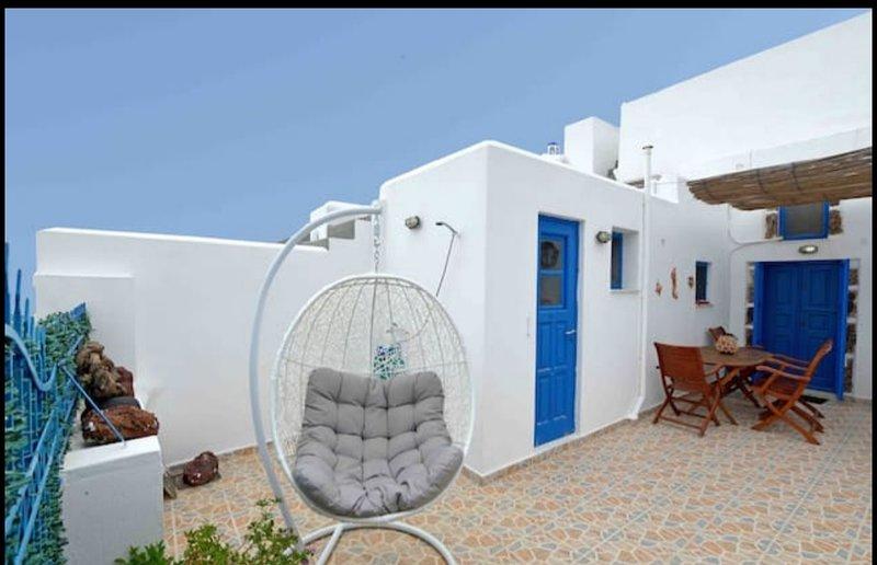 KLEO'S GUEST HOUSE, vacation rental in Kamari
