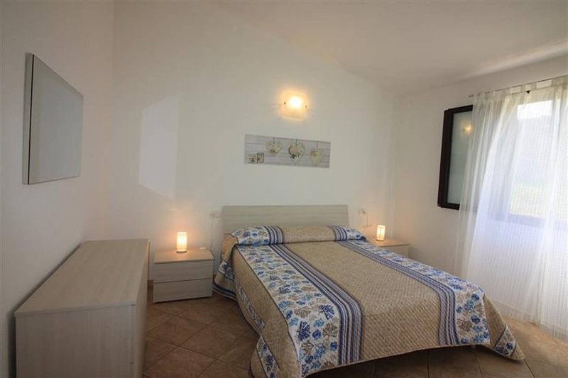 Amazing house with sea view, vacation rental in Tanaunella