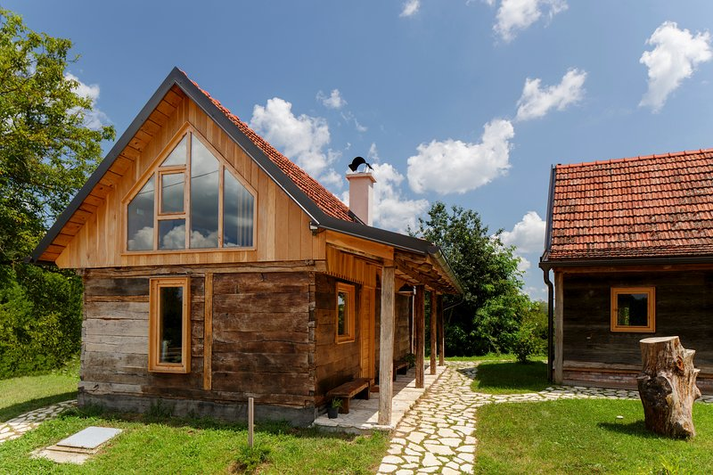 Ekodrom Estate - Sparrow House, holiday rental in Donja Kupcina
